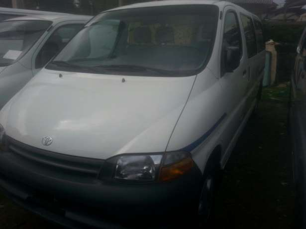 Tincan cleared tokunbo toyota hiace 02 long frame Apapa - image 1