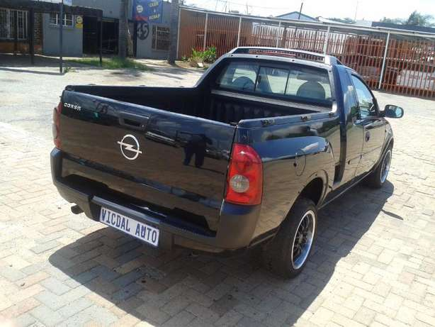 2008 Opel Corsa Bakkie 1.9TDI For Sale R59000 Is Available Benoni - image 8
