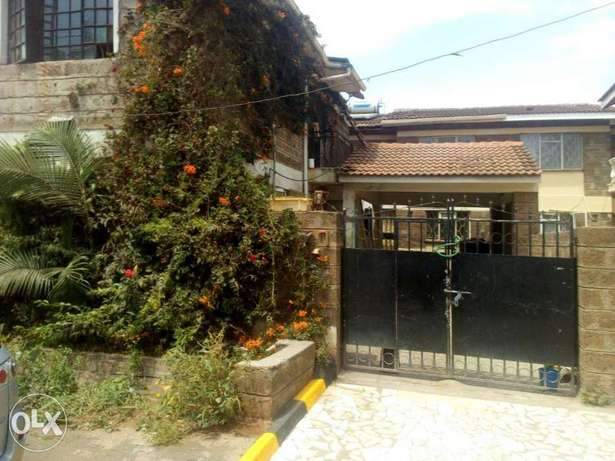 House for sale in south c 4 bed rooms 1/4 acre asking 19m Parklands - image 3