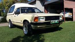 V6 cortina bakkie with kanopy exellint condition