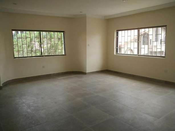 A fantastic and unique 4 bedrm semi-detached to let at Parkview Estate Ikoyi - image 5
