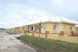 Newly built 2bedroom semi detached flats for sale at iriebe