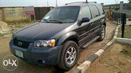 Very Clean Registered Ford Escape 03