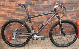 Large full carbon MTB