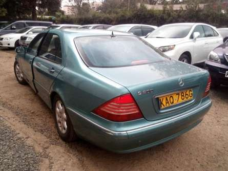 Mercedes Benz S500, For Quick Sale Asking Price 1,400,000/= Highridge - image 4