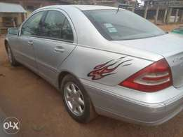 Perfect Silver Benz C240