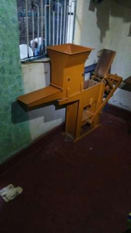 Interlocking brick making machine Githurai - image 2