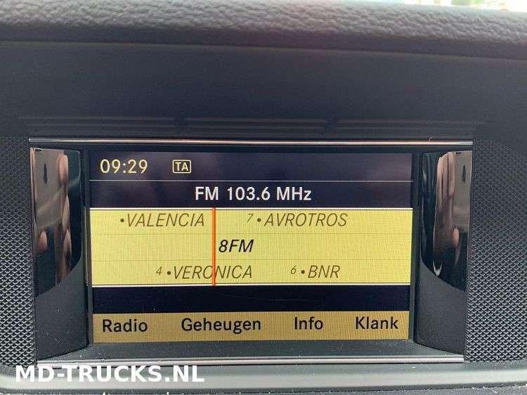 Mercedes-Benz E200 CDI - 2012 - image 13