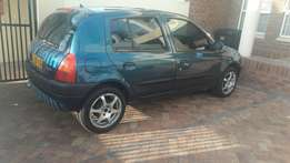 Renault clio low mileage full service history