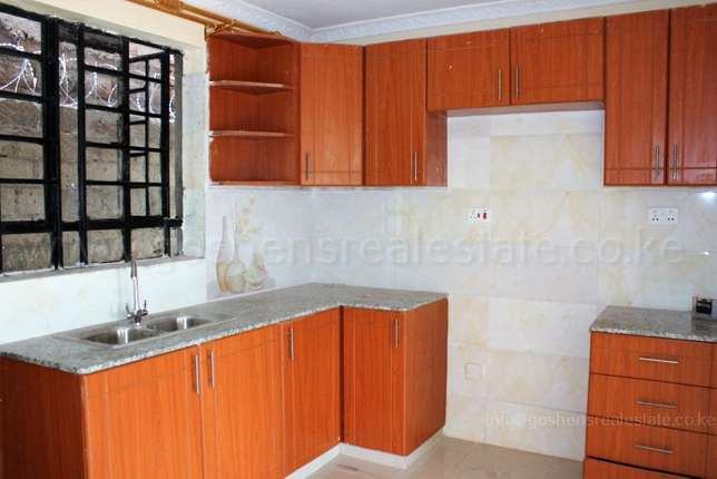 Beverly Hills a very Spacious Modern Apartment for Rent,Along BananaRd Ruaka - image 1