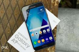 Samsung Galaxy A7 20 Brand new and sealed in a shop with warranty