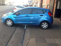 Ford Fiesta 1.5 Electric window /2010model /kilo 88 000/ full house /