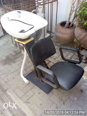 Hair Washing Chair with Wash Basin Lekki - image 1