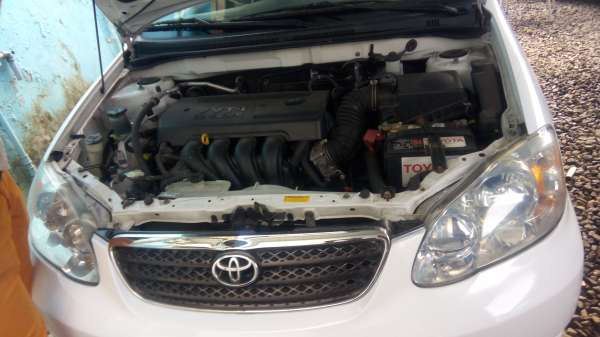 Super Clean Toyota Corolla (2006) for sale Agege - image 3