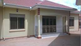 2bedrooms for rent in mutungo