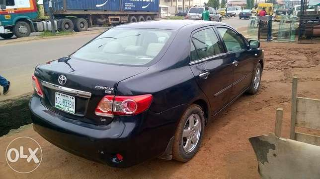 Very Clean Registered Toyota Corolla 09 Isolo - image 4