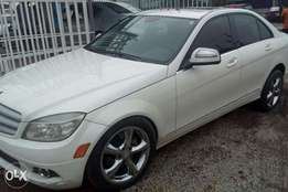C300 Benz 4matic 2008 first body