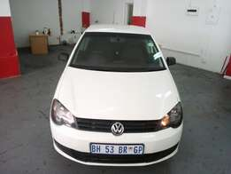 2012 Polo Vivo 1.6 Sedan, Color White, Prince R100,000.