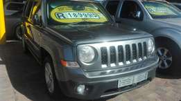 Jeep patriot 2.4 limited CVT automatic