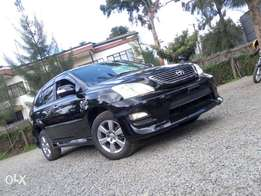 2010 Toyota Harrier. Full leather interior