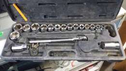 Socket toolbox set not complete