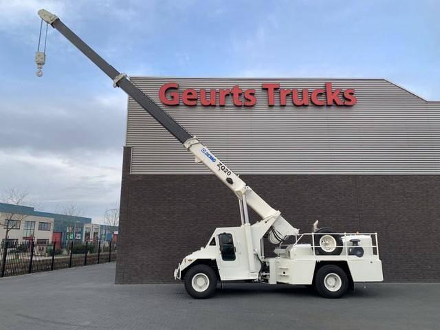 XCMG zq 20 pick and carry crane 20 tons unu - 2010