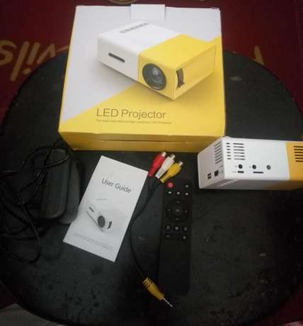 Mini Projector Port Harcourt - image 2