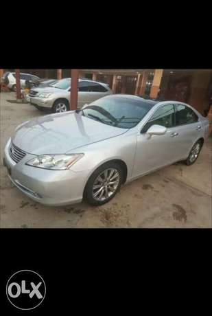 2009 Lexus Es350 Thumbstart Full Options Lagos Mainland - image 7