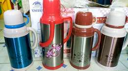 1.8 litres steel deco vacuum flasks at ksh.1000