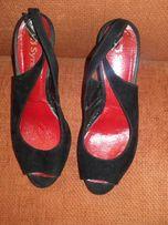 b911c7fe6eb68 Czarne zamszowe sandały rozm.36 Syrena platforma obcas