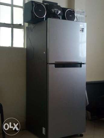 Sumsang two door refrigerator, Ramton gas cooker, sum sang Radio and Ngong - image 4