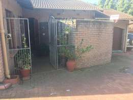 Townhouse for sale - Ashley Pinetown
