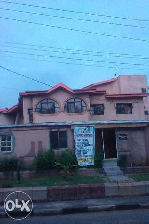 Fully detach 4bdrm duplex with Bq at GATEWAY ESTATE, Available 4 SALE. Lagos Mainland - image 1