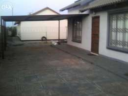 2 bedroom house for rent at Sunrise View