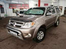 2007 Toyota Hilux 3.0D4D D/cab with ONLY 264000kms, Call Bibi or Sam