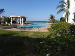 Luxurious 3 bedroom fully furnished beach side apartment for long let.