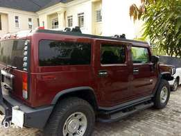 Very Clean Hummer H2 Jeep (luxury).