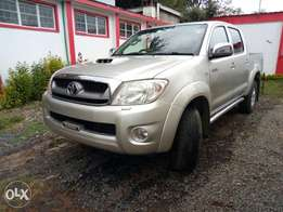 Toyota Hilux 2500CC 4X4 2010 a vehicle for off road drive