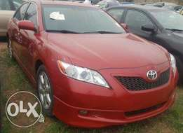 Toyota Camry 2009. Very Clean Leather Interior. 4 cylinders