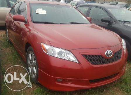 Toyota Camry 2009. Very Clean Leather Interior. 4 cylinders Ibadan South West - image 1