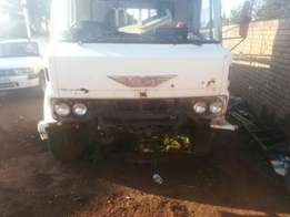 toyota hino with ade 352 non turbo engine for sale or stripping
