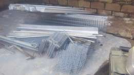 Hot-deep galvanised Poultry cage