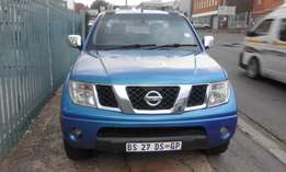 2012 Nissan Navara 2.5dCi double cab LE for sale R 145 000