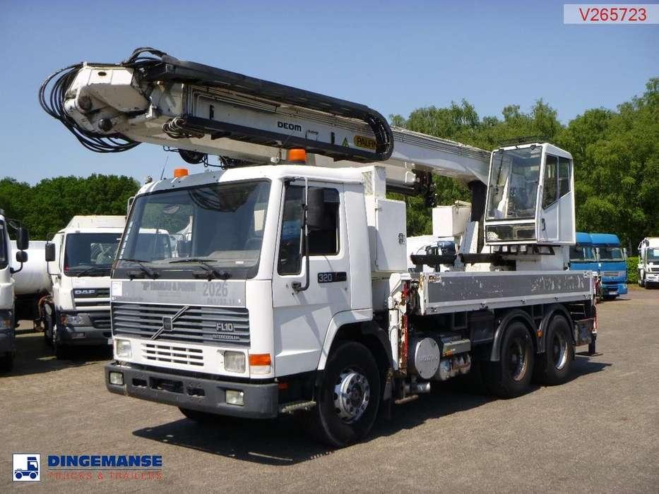 Volvo FL10 Crane truck- PK680TK - 1997