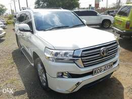 Toyota Land cruiser V8 ZX edition 46th anniversary. Extremely clean