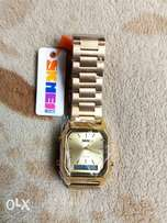 GOLD wristwatch.