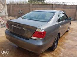 tokunbo 2006,toyota camry acciddent free buy n driv