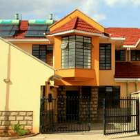 Three bedroom maisonette at Donholm 200m from Greenspan mall at ksh13M