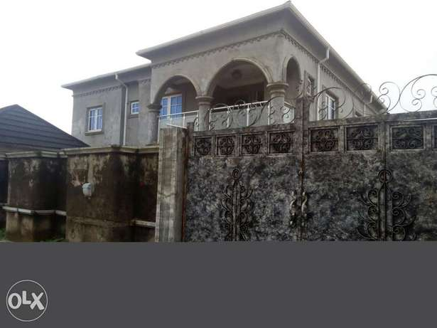 Executive three bedroom apartment at isheri/igando Alimosho - image 1