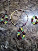 Beaded earrings and necklace/African Print /Maasai print